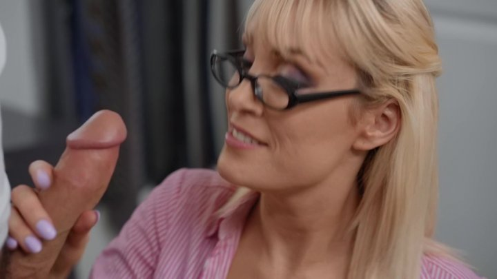 Streaming porn video still #5 from Drilling Mommy 10