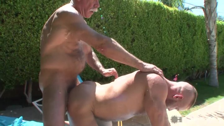 Streaming porn video still #2 from Muscle Dads in the Sun