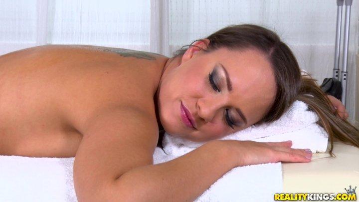 Streaming porn video still #3 from Sex 4 Rent 5