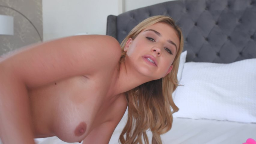 Tushy Raw V5 (2019) Film Erotic Online cu Izzy Lush