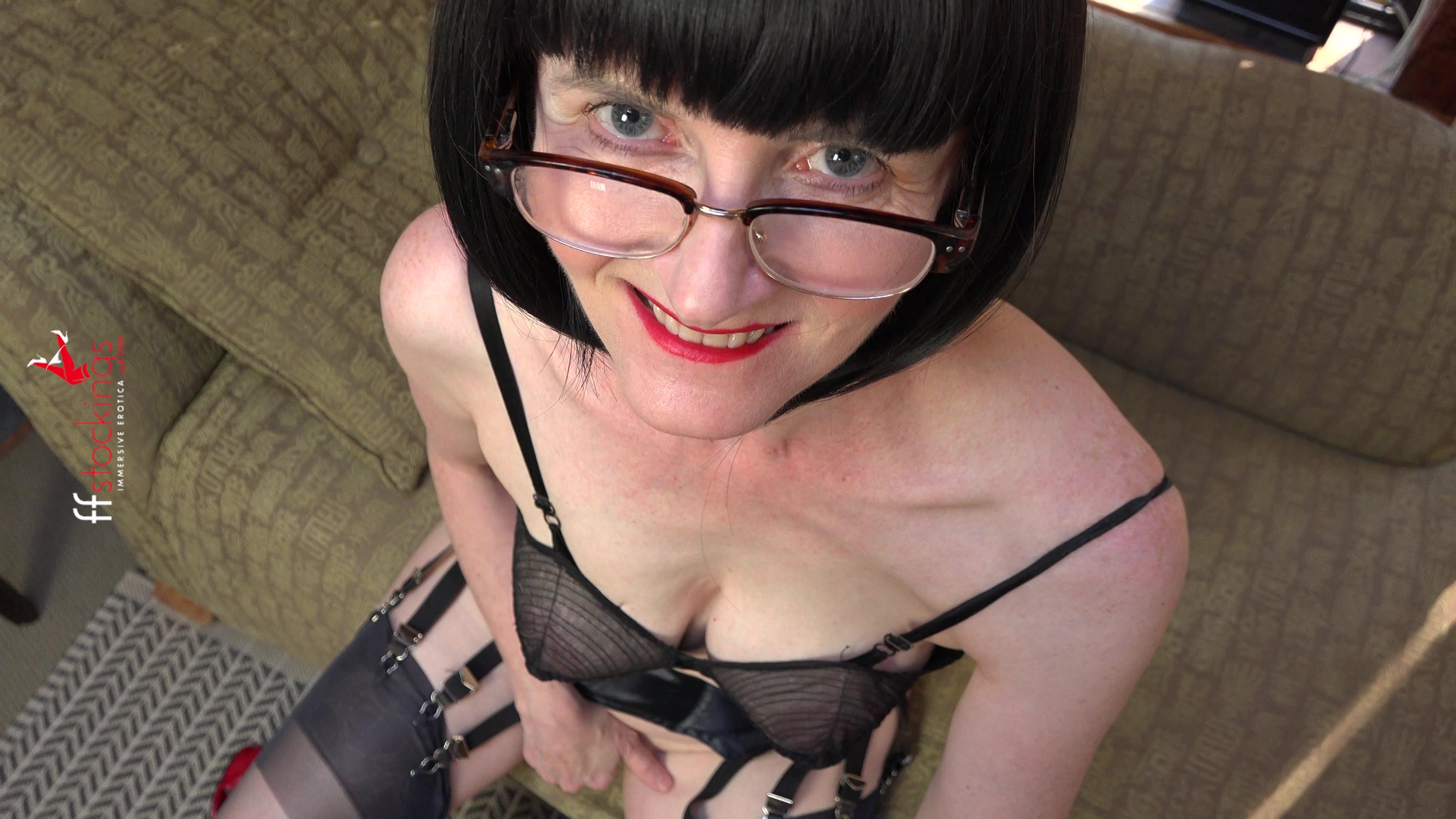 julia-the-naughty-teacher-torrent
