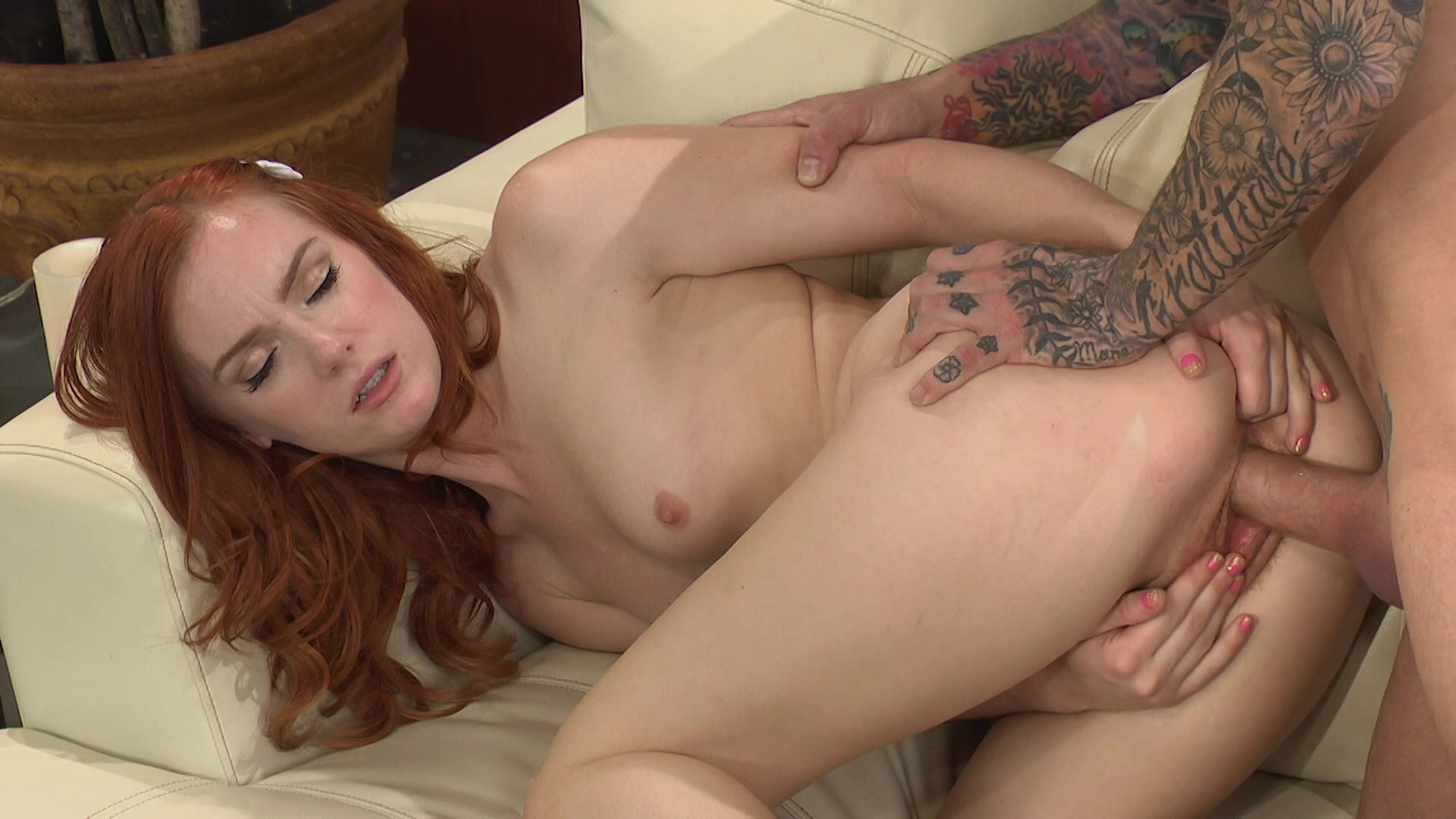 Inexperienced redhead brit flame