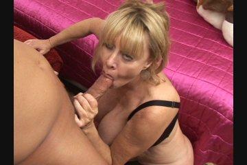 Granny got nice tits