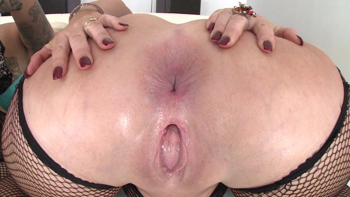 Streaming porn video still #6 from Big Butt Anal Threesomes #2