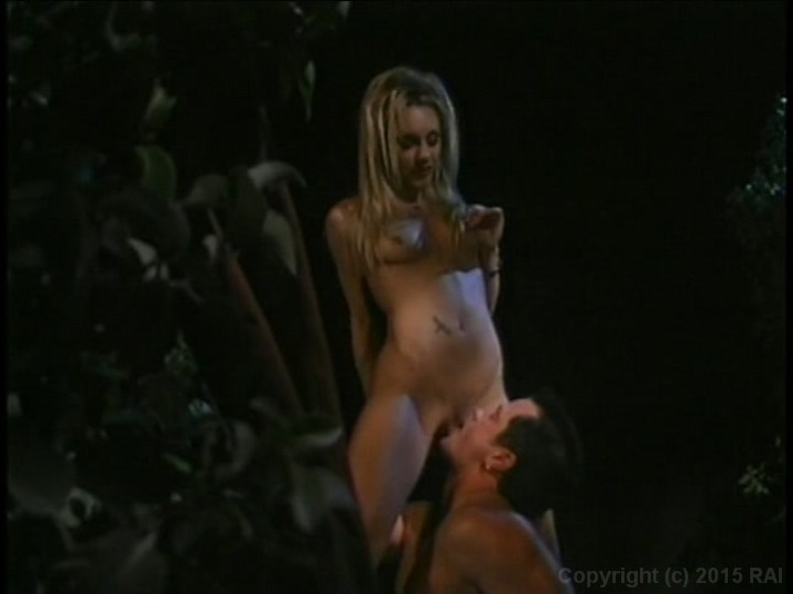 Playboy bouncing dildo