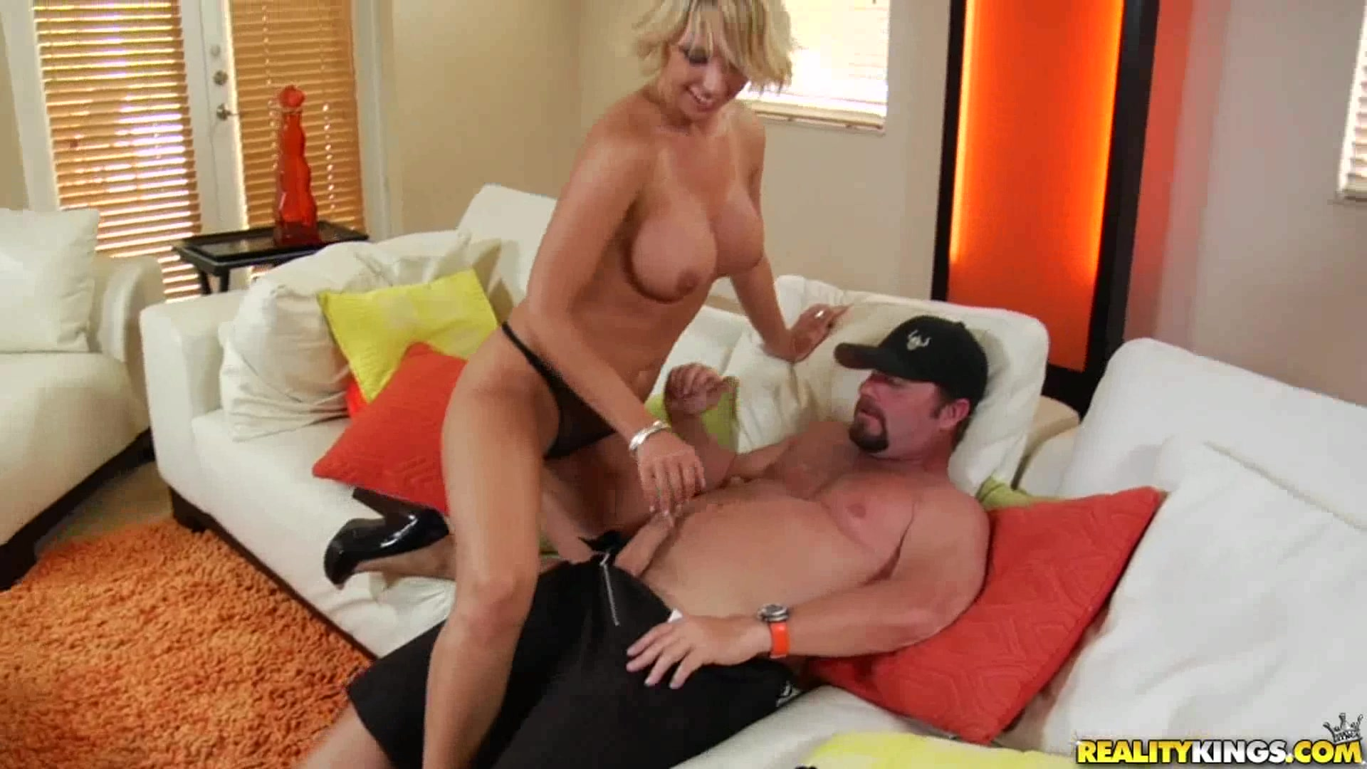 with-glasses-hunter-milf-site-there-video-brothers