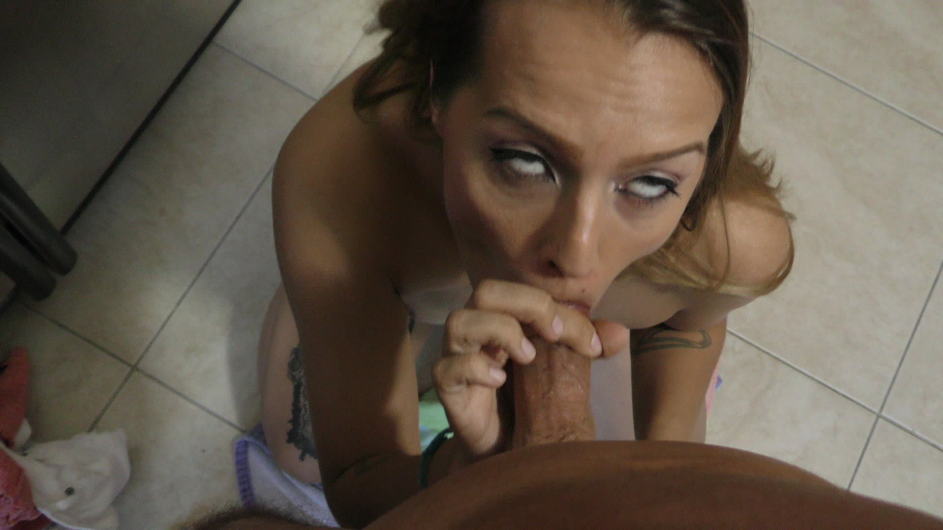 Bubble Butt Babysitters Streaming Video On Demand Adulto-7018