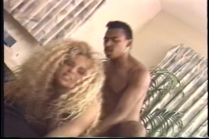 jane-dick-walker-breeders-francine-prieto-nude-with-pussy