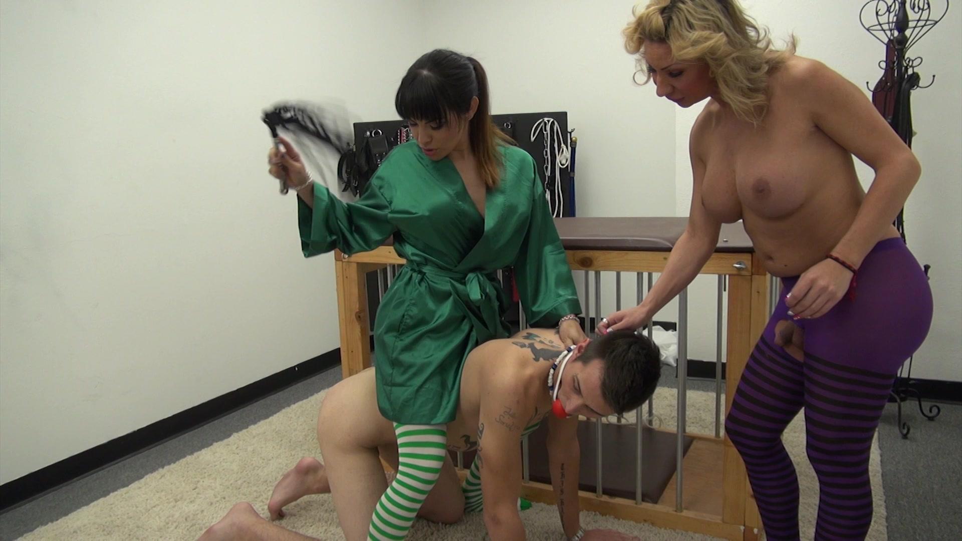Oiled naked women sex boobs