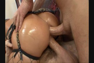 Streaming porn video still #6 from Oil Overload