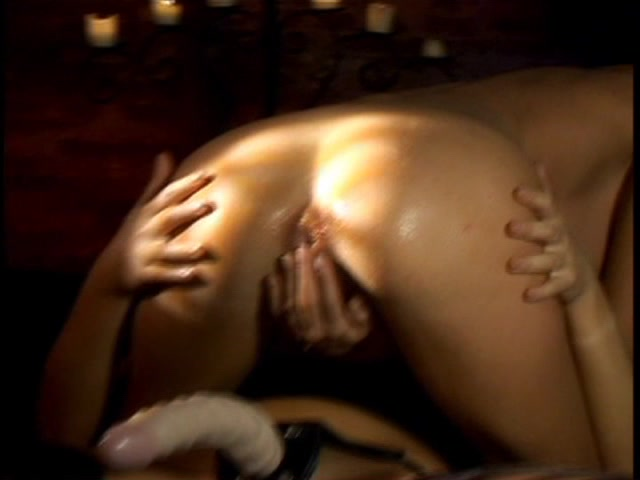 Streaming porn video still #1 from Kissing Girls 4