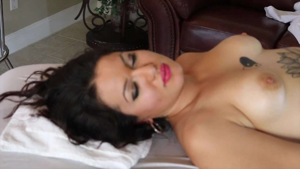 1 minute blowjob massage turns into heavy 7