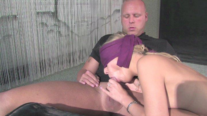 Streaming porn video still #1 from Jung, geil & versaut!