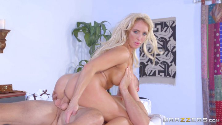 Streaming porn video still #6 from Dirty Masseur #13
