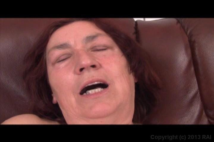 Grandma likes sex