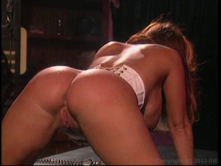 27 New Sex Pics Asian girl hand job