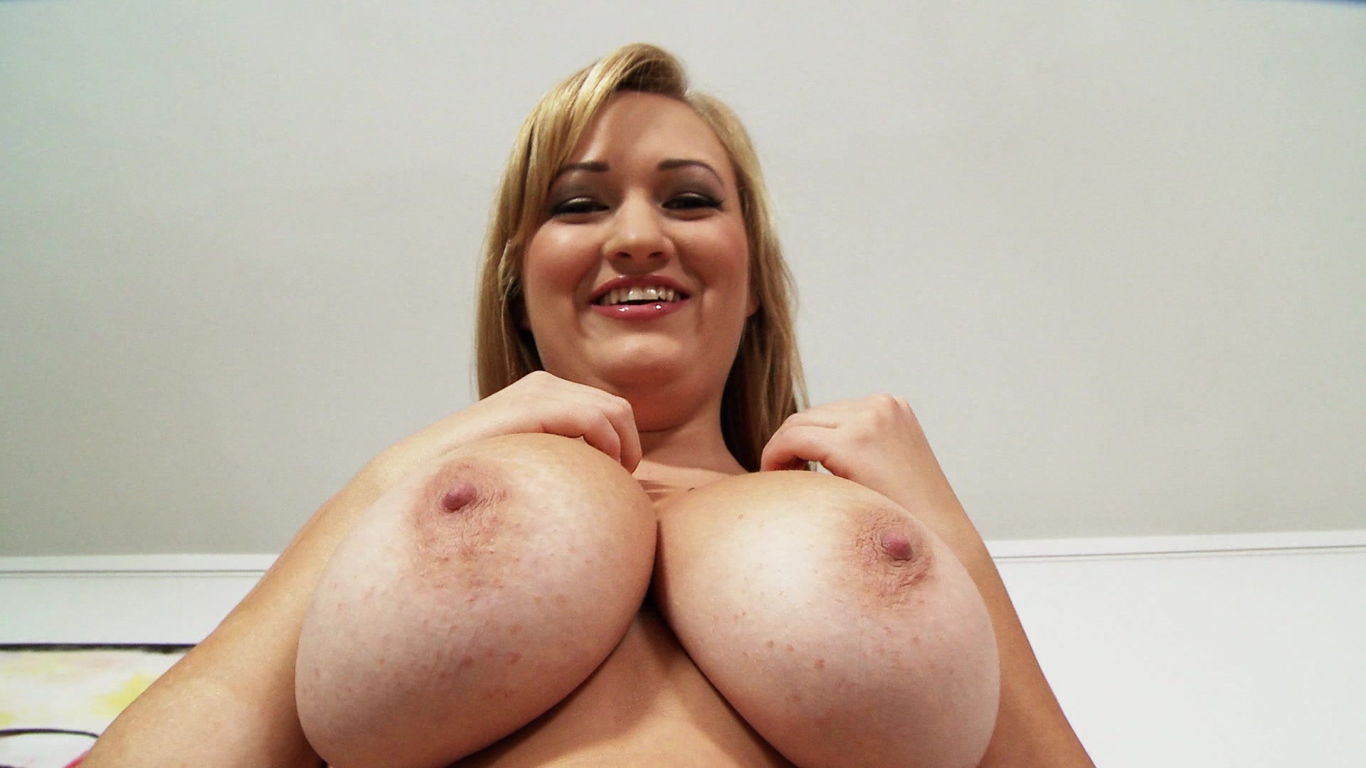 Redneck girls big tits jiggling nude videos gone