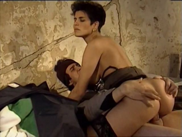 Streaming porn video still #2 from La Mogile Schiava