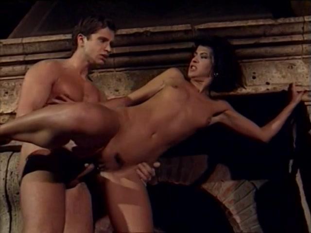 Streaming porn video still #5 from La Mogile Schiava