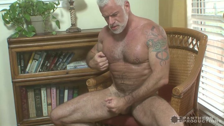 Streaming porn video still #5 from Muscle & Fur