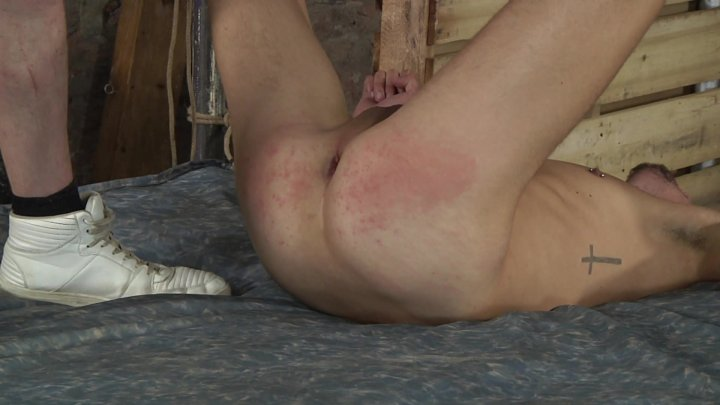 Streaming porn video still #4 from Gaggin' for It
