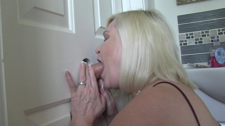 Streaming porn video still #2 from When Your Wife Cheats