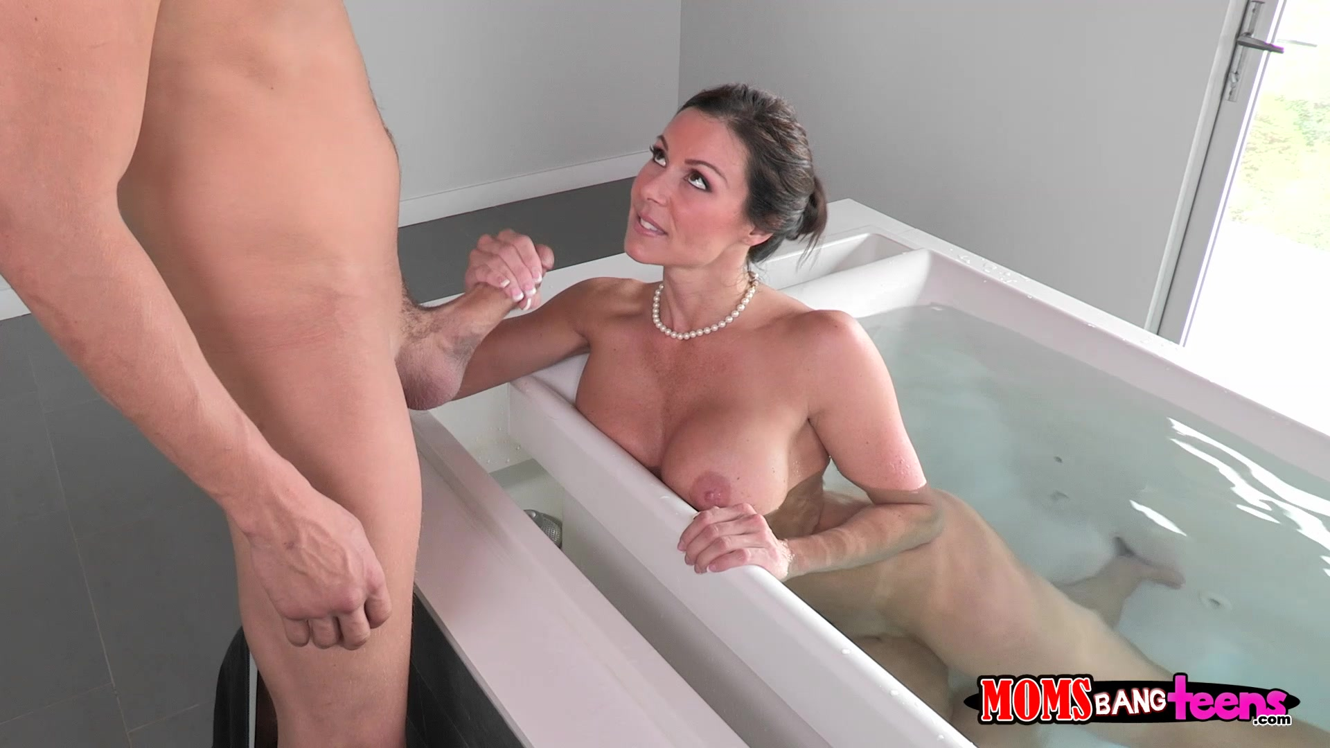 Office milf kendra lust gets fucked on the desk 6