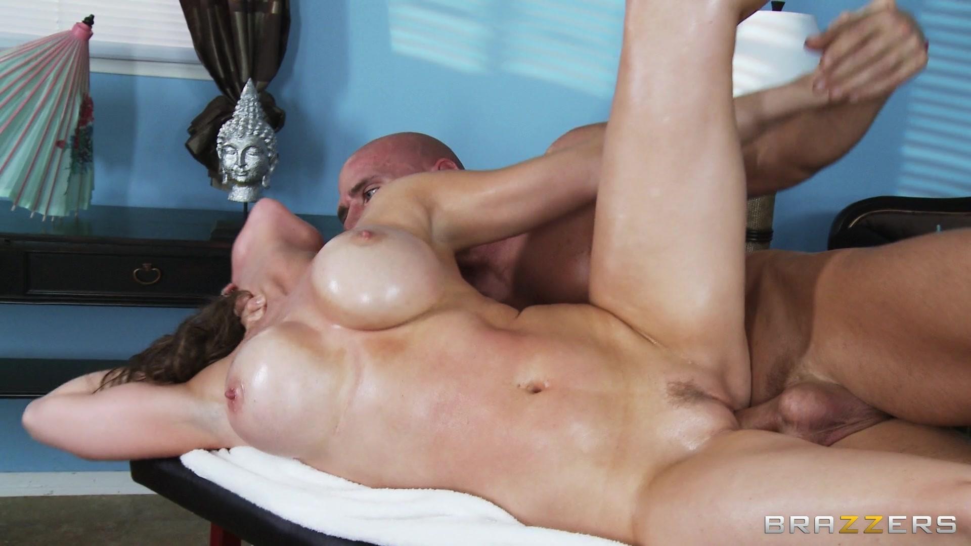 alanah-rae-dirty-masseur-hien-video-naked-women