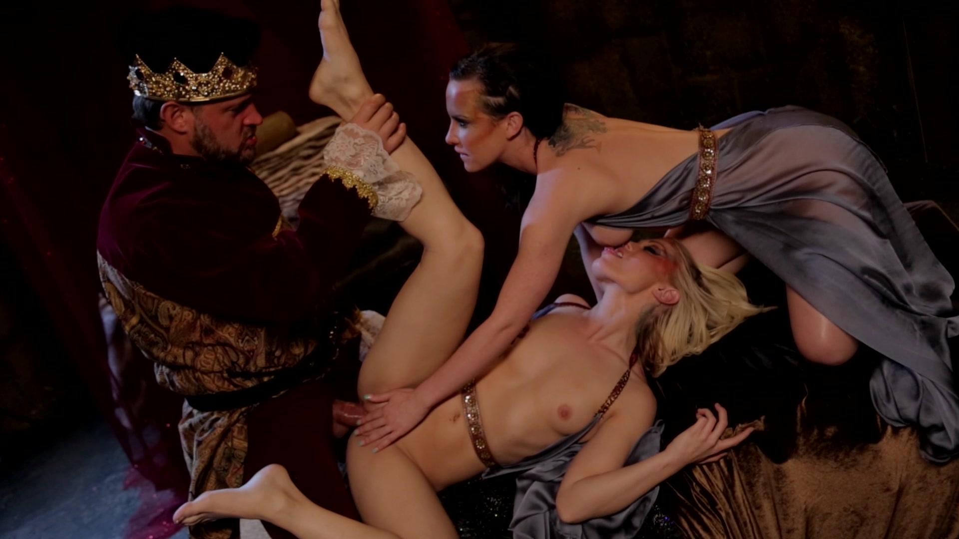 Порно король и королева онлайн без