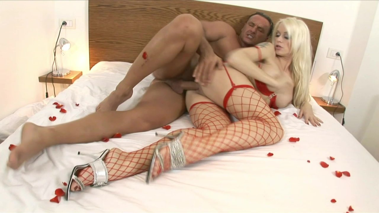 Free Video Preview Image  From Horny Housewives