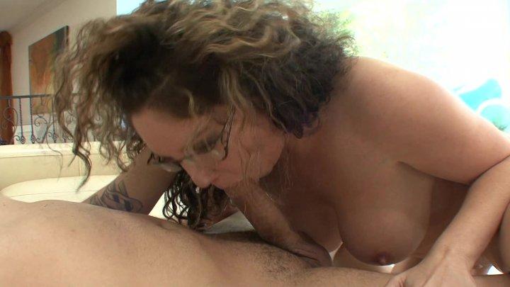 Streaming porn video still #1 from Bangin' MILFs 7