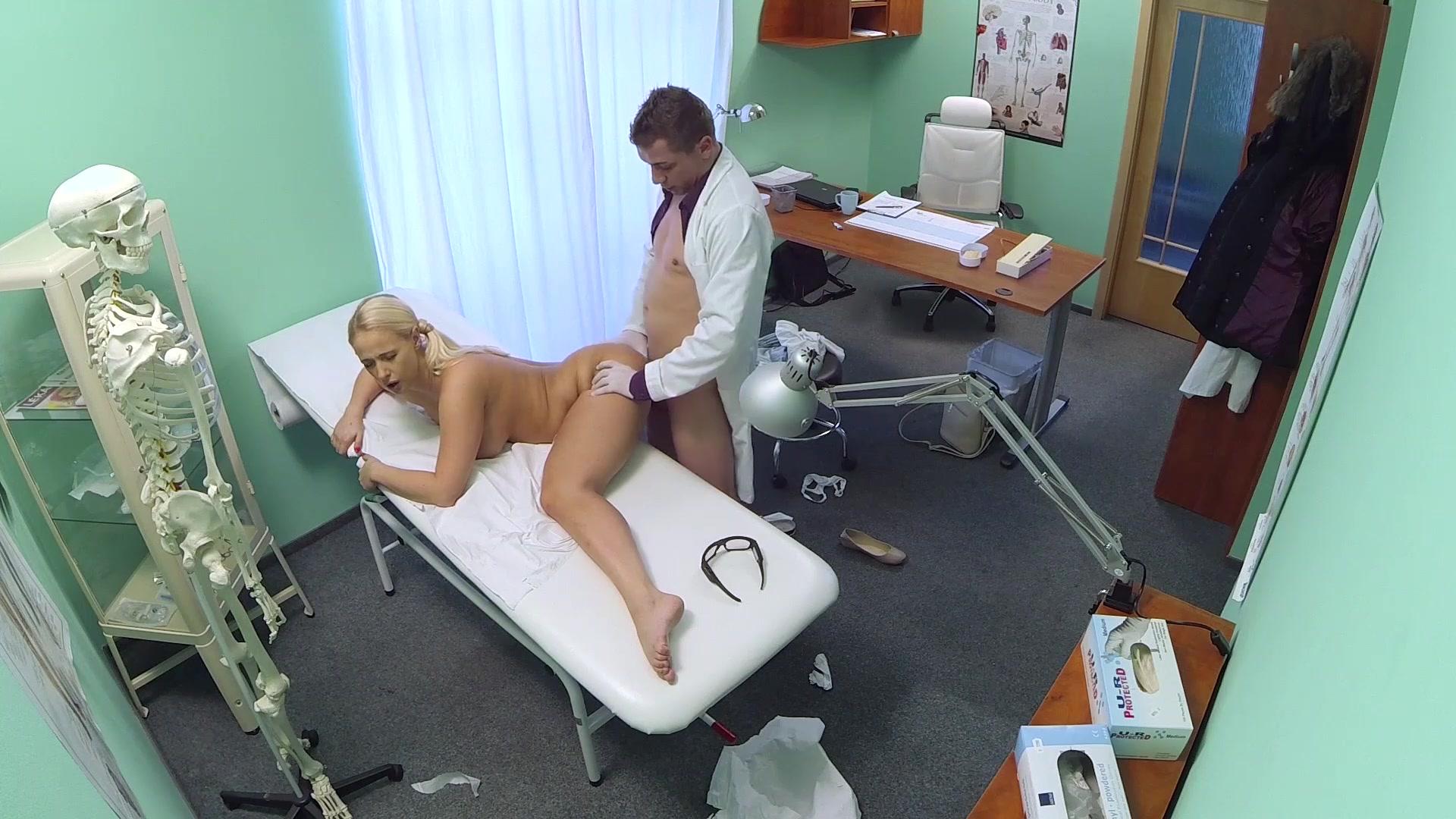 Смотреть fake hospital порно, FakeHospital. Смотреть порно бесплатно от SexoPedia! 11 фотография