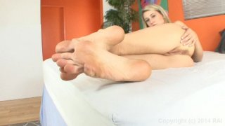 Streaming porn video still #6 from Virtual Footjobs