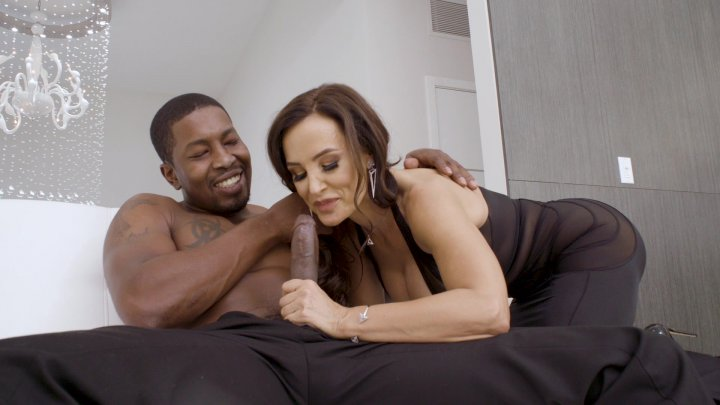 Streaming porn video still #3 from Lisa Ann: Back 4 Even More