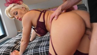 Streaming porn video still #5 from Top Notch Anal Beauties