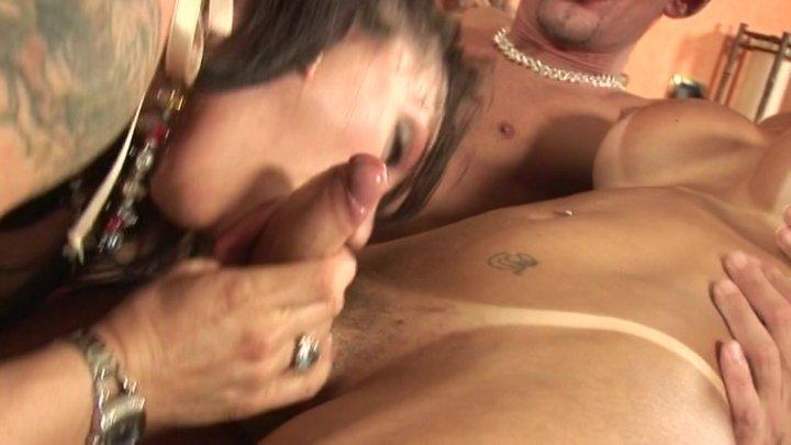Streaming porn video still #1 from Transen & Bi-Action - die Prinzessin mit Fickschwantz