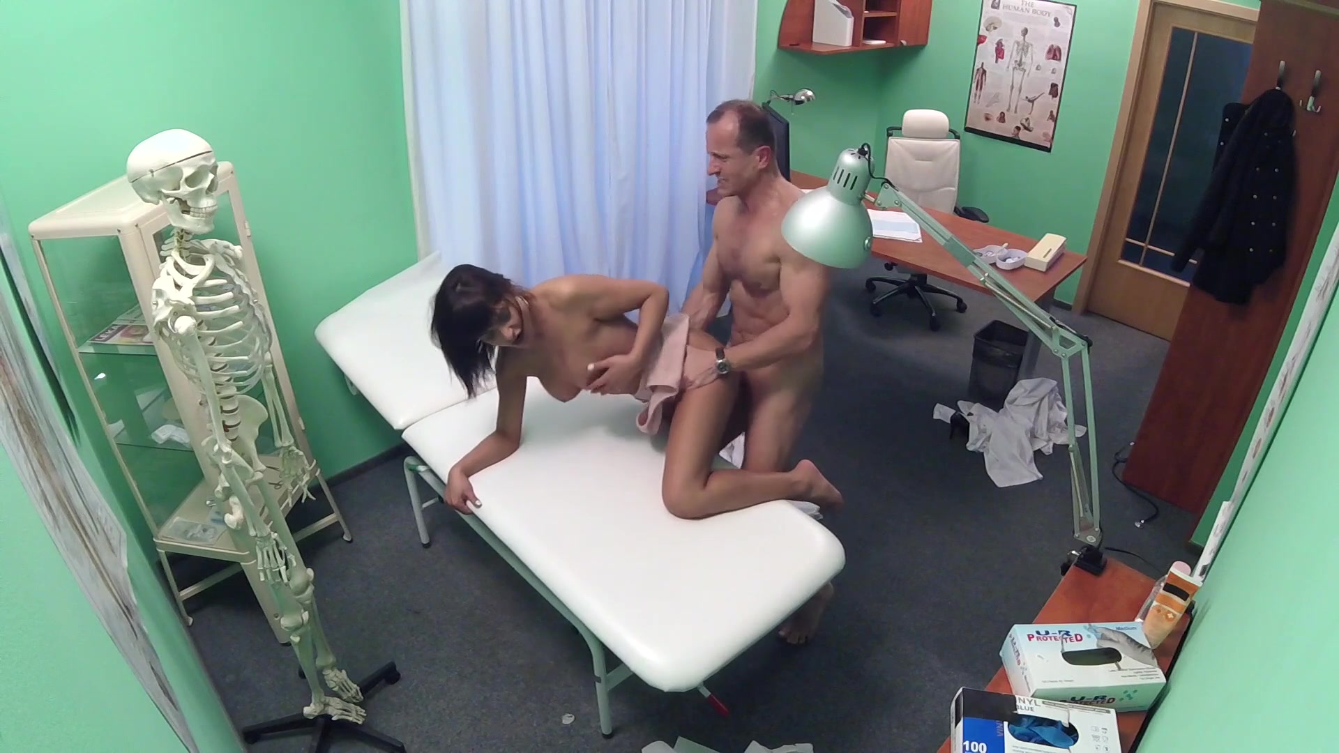 Fake doctor porn pics