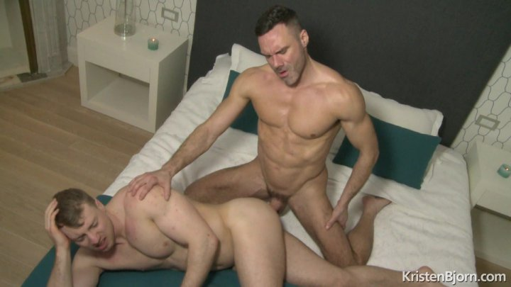 Streaming porn video still #2 from Bare Buddies