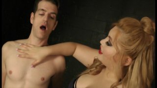 Streaming porn video still #5 from Curvy Nasty Homewrecker