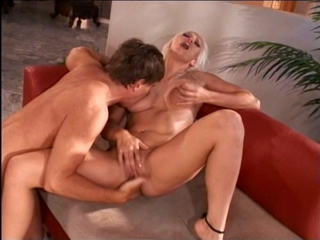 Streaming porn video still #1 from DD Mommies