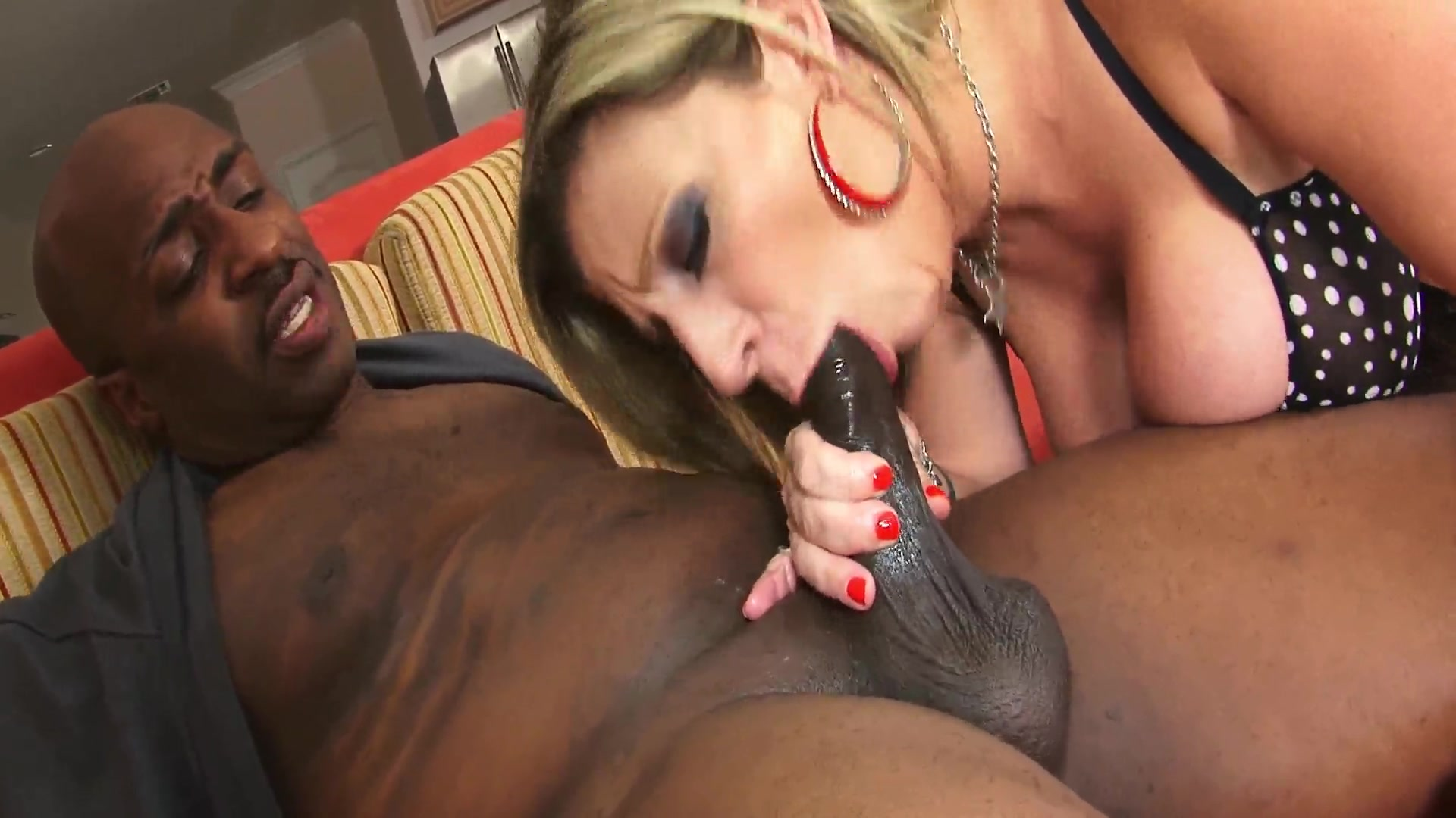 Sweet Lesbian Massage