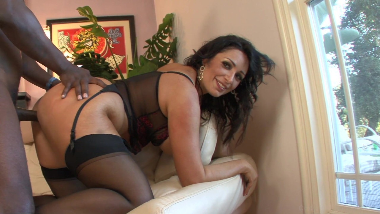 Free interracial milf videos