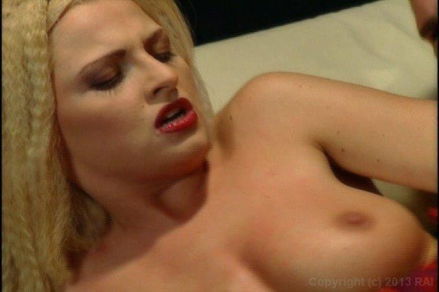 Streaming porn video still #5 from Cleopatra