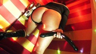 Streaming porn video still #8 from Backdoor To London
