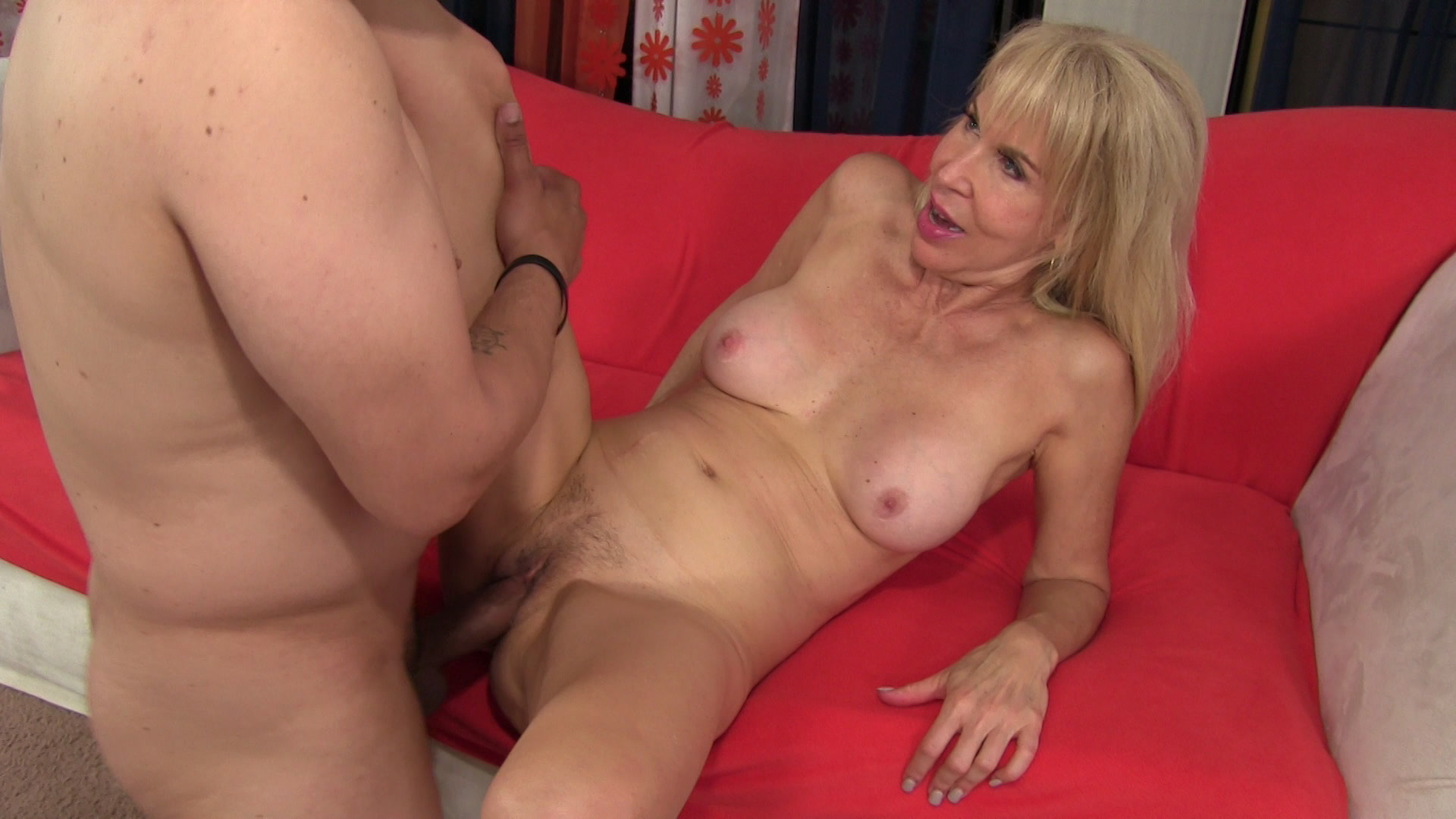 Hot mature mommy sex, mature granny porn, hot mature moms, mature younger sex