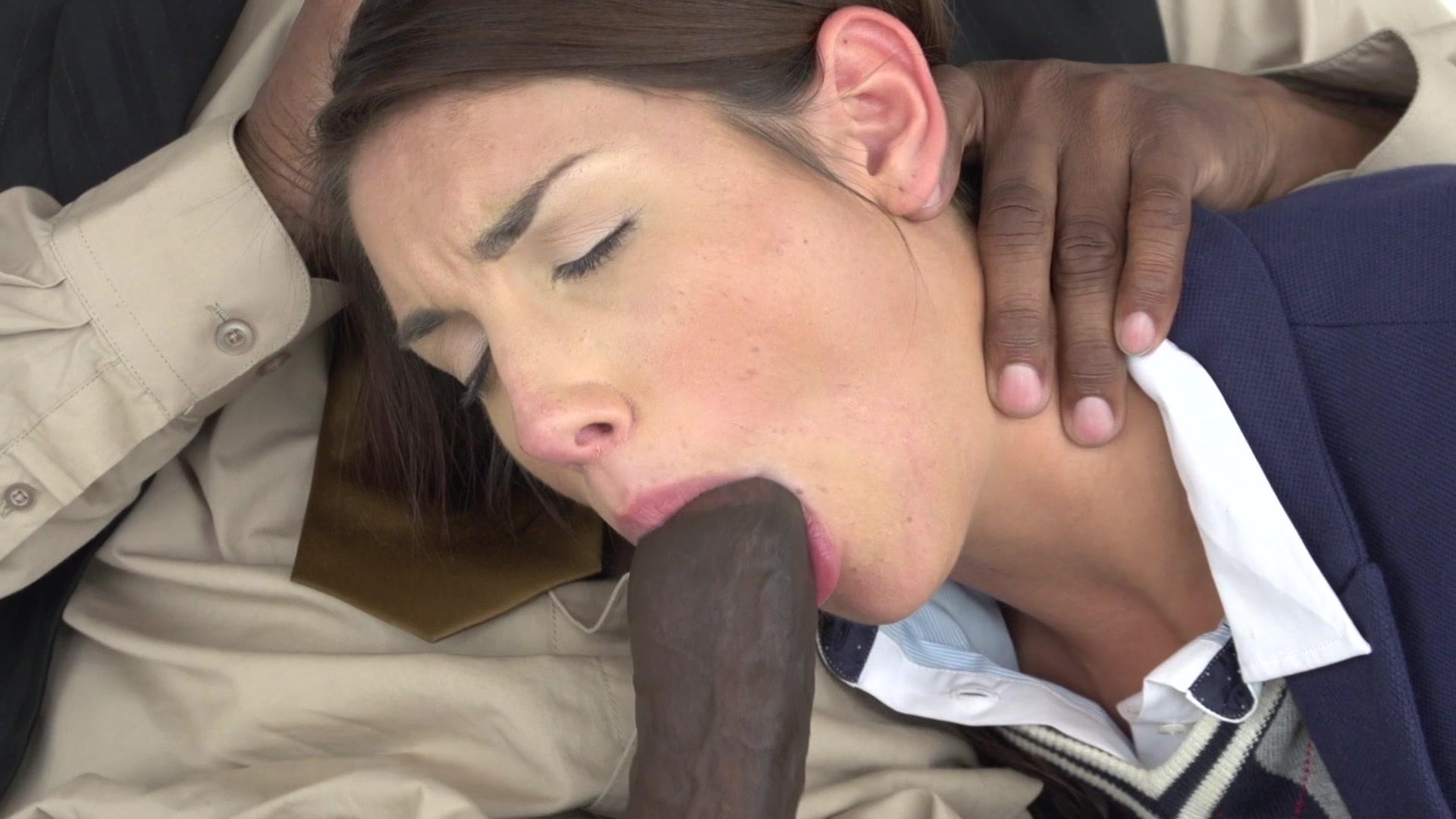 Kayla synz short hair anal dildo
