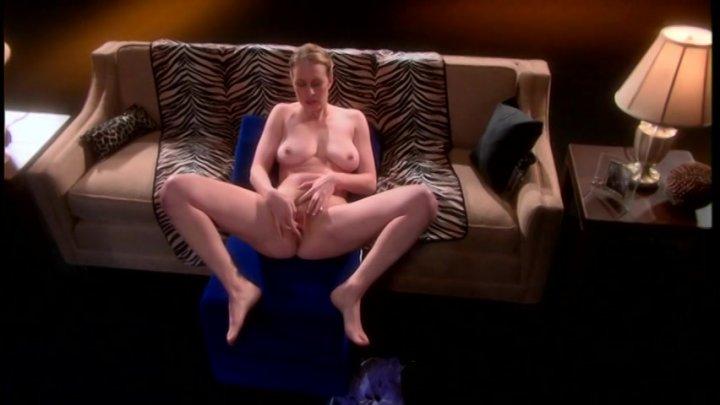 Chubby girls dancing nude