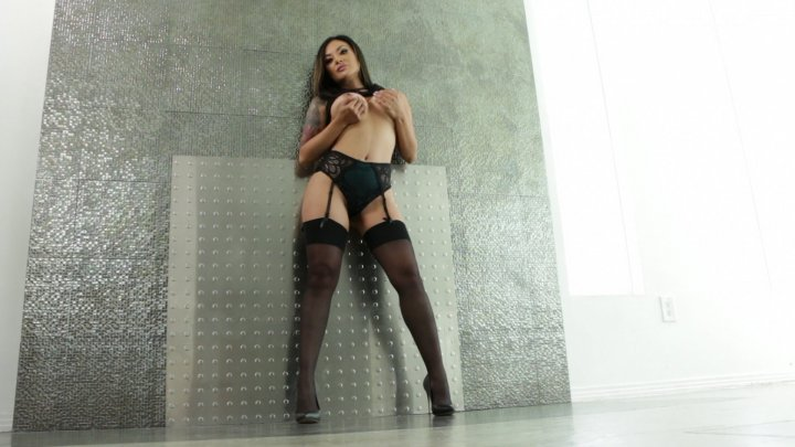 Streaming porn video still #2 from MILF Bombshells