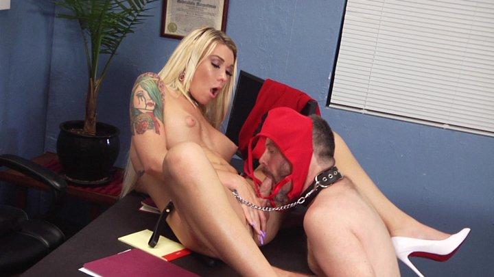 Streaming porn video still #3 from TS FemDom
