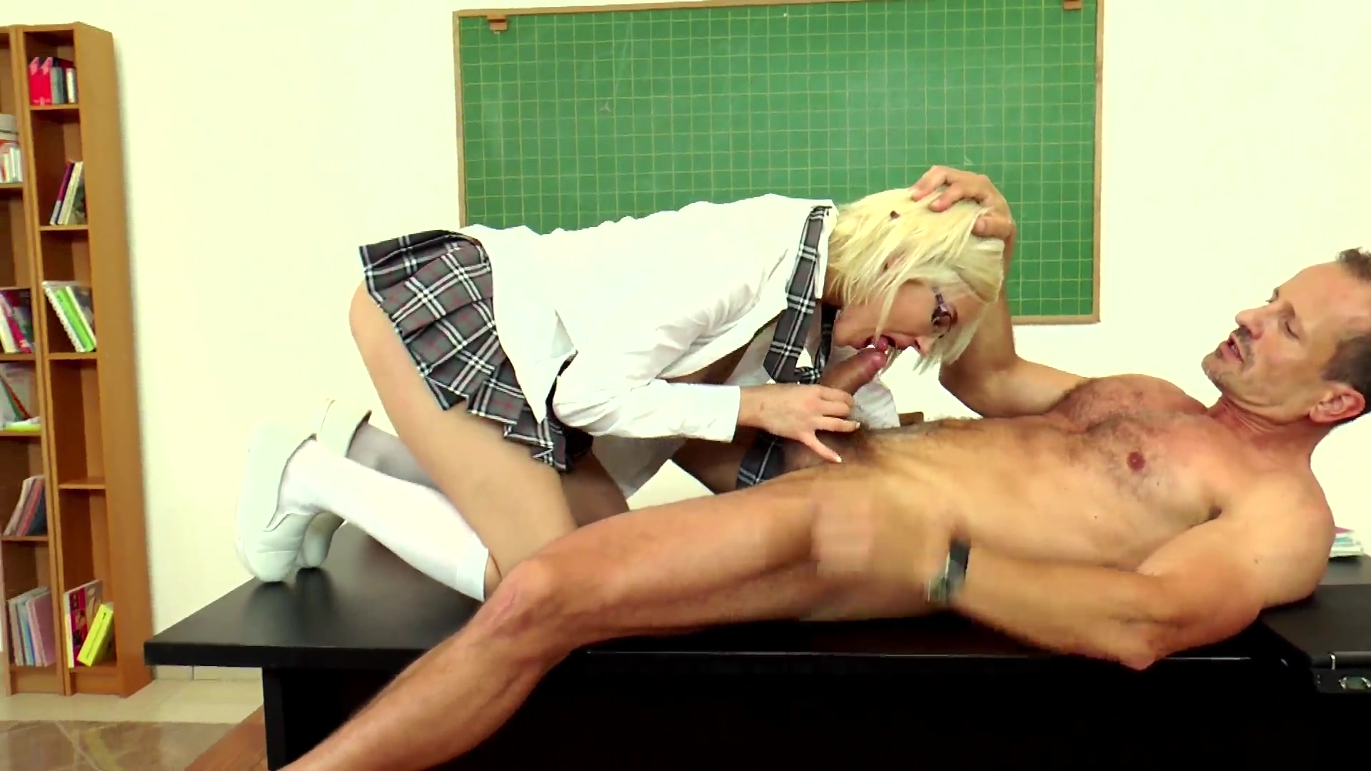 Showing Xxx Images For Lauro Giotto Table Porn Xxx  Www -1050